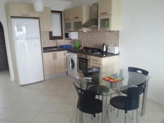 Seaview apartment in holidaycomplex for 4 (CDR1)