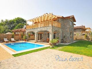 Stone villa in Kayakoy with jacuzzi and pool, Fethiye