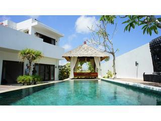 Minimalist villa 4bd Bali