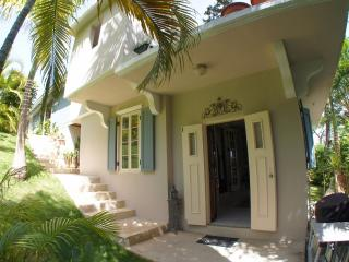 Rincon Romantic Garden Apartment Vacation Rental, Rincón