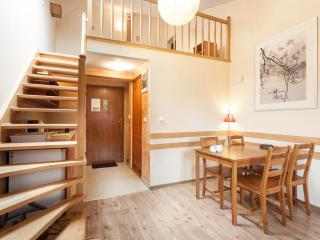 Amber 2 + free wifi + perfect old city location, Cracovia