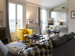 Eiffel Rooftops - Eiffel Tower 1 bedroom Apartment, Paris