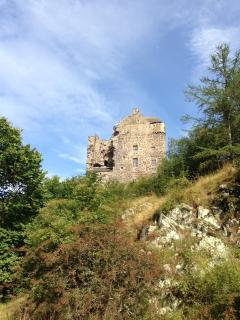 Ruins of Neidpath Castle. Thirty minute walk from cottage along river.