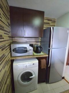 Full size Fridge/Microwave/Stove/Washer/Dryer Combo