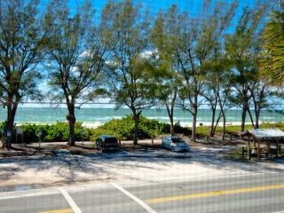 Pelican Cove 4
