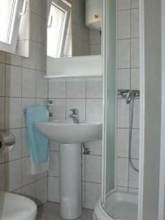 Second STUDIO (bathroom)