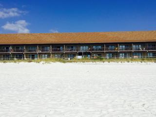 Polynesian 105 Walk Out 2 Beach Ground Floor No Elevators, Panama City Beach