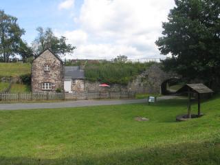 Aqueduct Cottage, Abergavenny