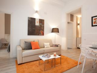 Seneca Orange, Barcelona