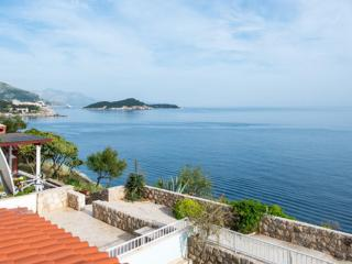 Nice View Apartment- Two-Bedroom Apartment, Dubrovnik