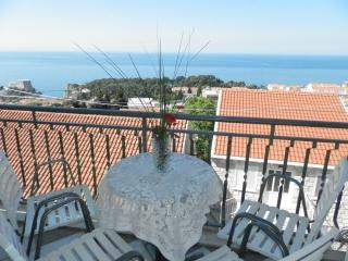 Apartment Mare- One-Bedroom Apartment with Balcony and Sea View, Dubrovnik