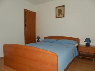 Apartment Marija - One-Bedroom Apartment with Terrace