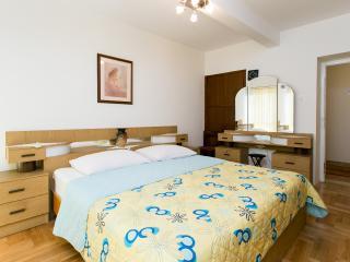 Apartment Portun-Two Bedroom Apartment, Dubrovnik