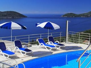 Apartments Ivan -Three Bedroom Apartment with Balcony and Sea View, Dubrovnik