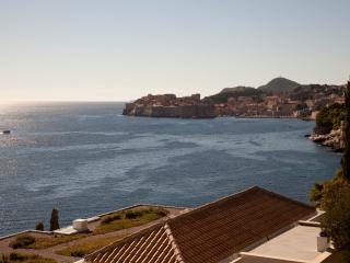 Sea View Apartments- Two-Bedroom Apartment with Terrace and Sea View - Vlaha Bukovca 21, Dubrovnik