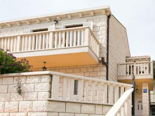 Apartments Zaton Bay - Superior One-Bedroom Apartment with Balcony and Sea VIew