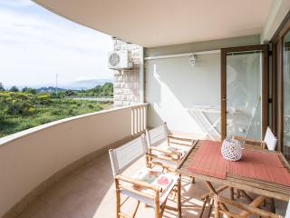 Apartment Penetra - Two-Bedroom Apt. with Balcony