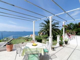 Apartmetns Sandito-One-Bedroom Apartment with Terrace and Sea View No2, Mlini