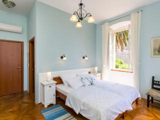 Rooms Posat -Triple Room with Sea View, Dubrovnik