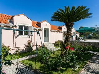 Apartments Radic- Two-Bedroom Apartment (4-Adults) - Između Ribnjaka Street-2, Dubrovnik