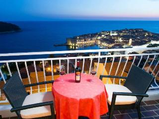 Ploce Apartments-One-Bedroom Apartment with Terrace and Sea View - Ante Topića Mimare 10 Street, Dubrovnik
