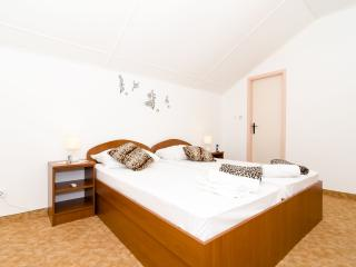 Guest House Daniela - Double Room with Balcony and Sea View-3, Mlini