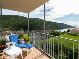 Apartment Tomy- One-Bedroom Apartment with Balcony and Sea View, Mokosica