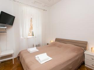 Apartment Antonikola - One-Bedroom Apartment, Dubrovnik