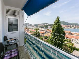 Apartment Miletic - Two-Bedroom Apartment with Balcony and Sea View, Dubrovnik