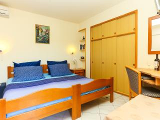 Guest House Sea Stone - Twin Bedroom with Terrace, Dubrovnik