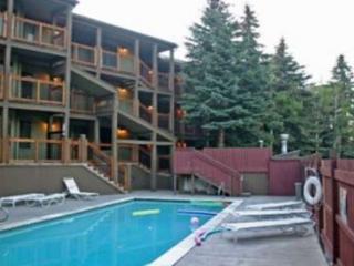 1BR Convenient Mountain Condo, Park City Mountain Resort, Sleeps 4