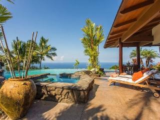 Aloha Place - Luxurous3 Bedroom, 3 Bathroom Home with Spectacular Ocean Views-PHAloha, Kailua-Kona