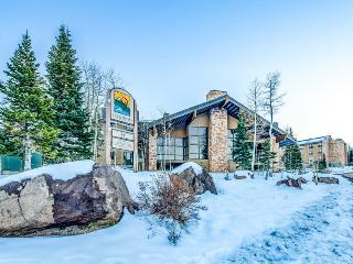 Rustic w/ shared hot tub & pool! Walk to lifts & enjoy free shuttle to slopes