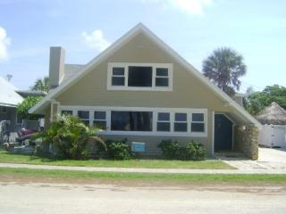 Fun In The Sun- 304 Gulf Blvd, Anna Maria