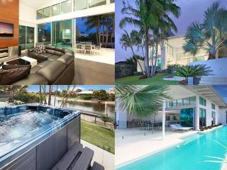 ACQUA BIANCO WATERFRONT LUXURY, Gold Coast