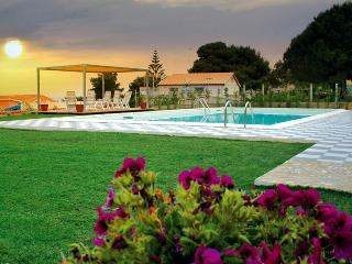 Casa Nausicaa, fantastic villa with private pool, Sciacca