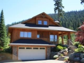 Fairway's Cabins and Cottages - Cottage 11, Sun Peaks