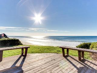Dog-friendly oceanfront home w/ easy beach access & large deck + walk to park!, Gleneden Beach