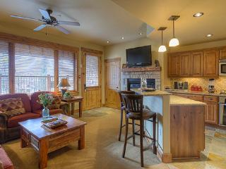 5114 Emerald Lodge, Trappeurs