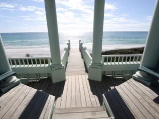 Gift by the Sea - Gulf front Honeymoon Cottage