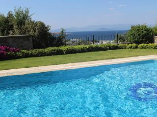428 - Bodrum Turkbuku 4 Bedrooms & Private Pool, Golturkbuku