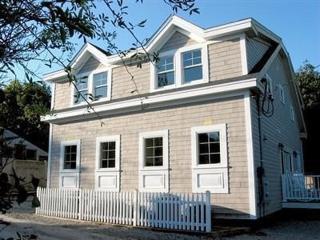 Harborside 124233, Provincetown
