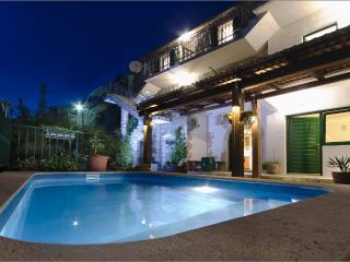 Meditarranean holiday home Tirena w/ pool