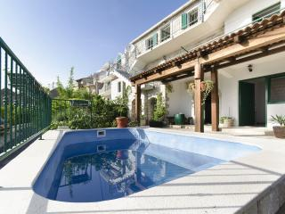 Meditarranean holiday home Tirena w/ pool