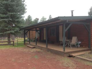 The Caretaker's Cottage @ Mama;s Ranch OHV pets OK, Flagstaff