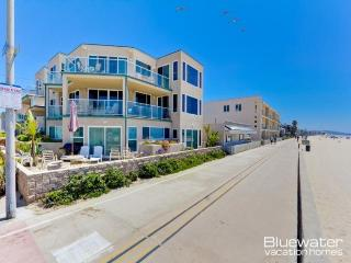 Rockaway Ocean Front II - 4 Bedroom Mission Beach Vacation Rental, San Diego