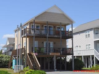 By George Beach House - Gorgeous Coastal Home with Ocean Views & Easy Beach Acce