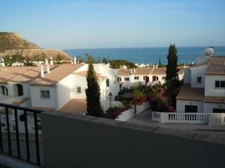 Large modern 2 Bedroom 2 Bathroom Apartment with sea view