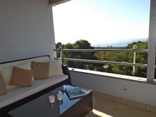 Baska Voda Sea View apt 4- 5 Persons!!