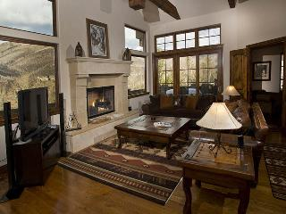 A beautiful and stunning vacation home in Vail nestled in the Highland Meadows n
